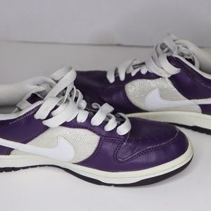 Nike 7.5 Women's Purple White Tennis Shoes CLEAN